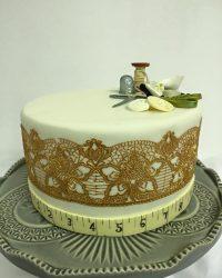 Sewing cake 2